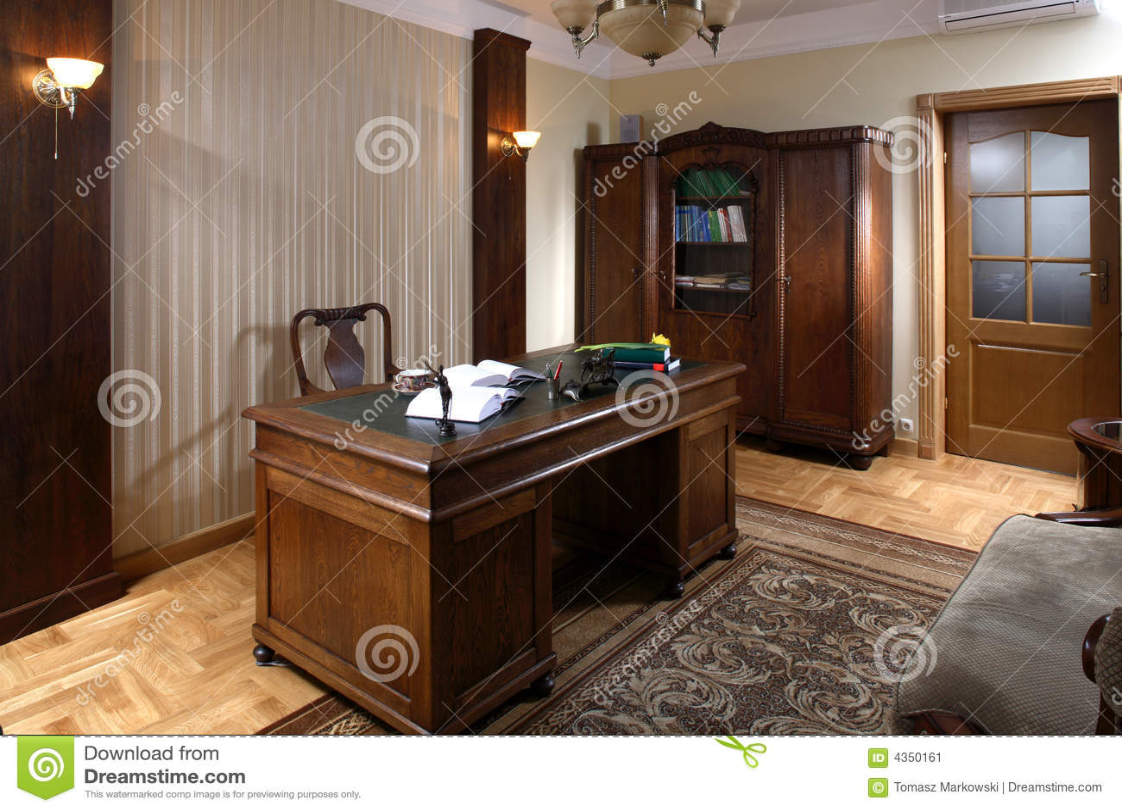 bureau d 39 avocat image stock image 4350161. Black Bedroom Furniture Sets. Home Design Ideas