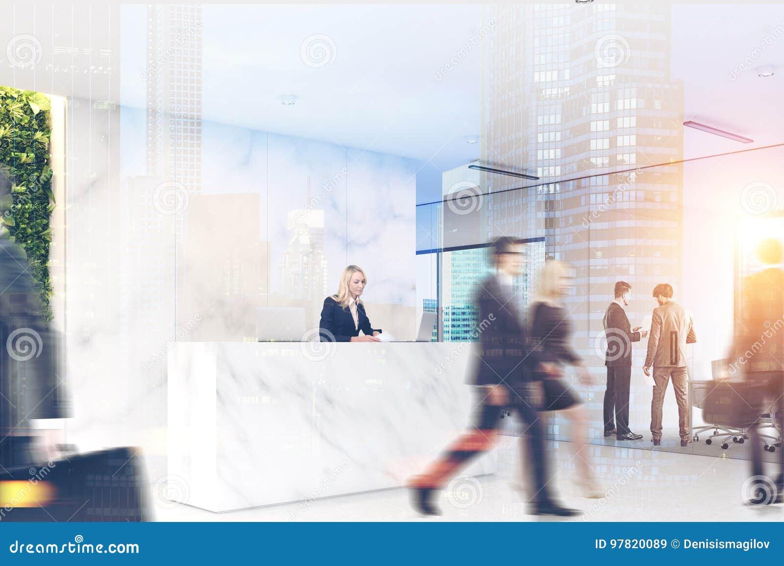 Vente aux enchères grand bureau en marbre et inox à double plateau enu