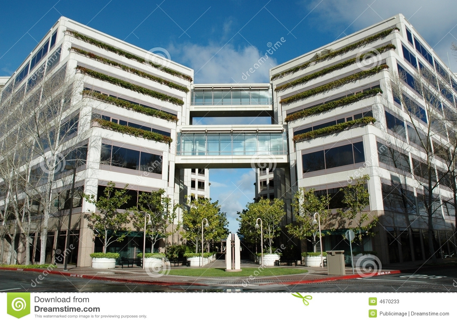 Bureau en terrasse moderne image stock. image du structure 4670233