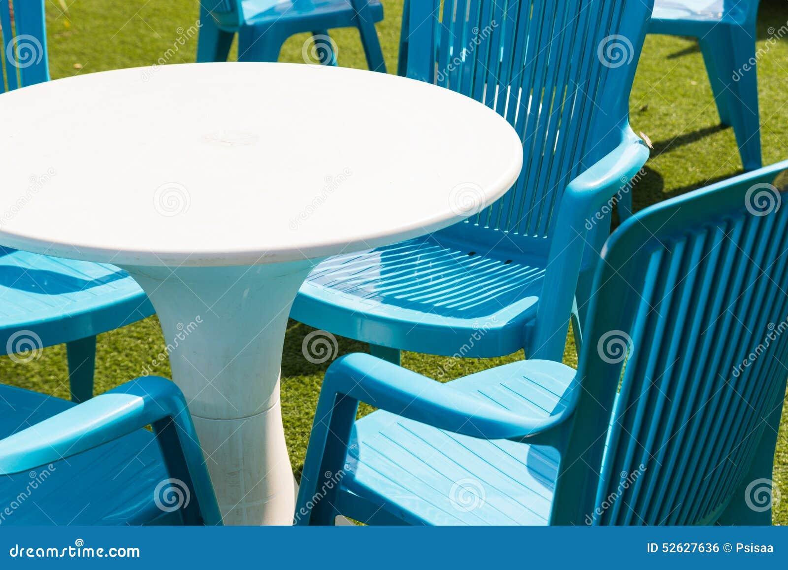 Bureau et chaise en plastique photo stock image du plastique