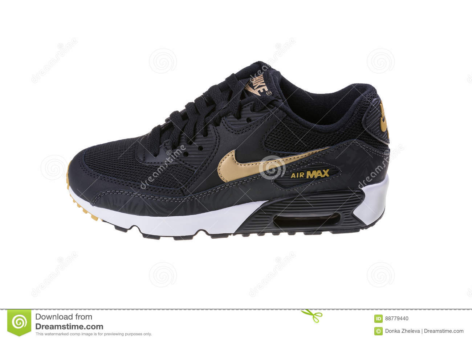 d1a1dd53e09 Εκδοτική. BURGAS, ΒΟΥΛΓΑΡΊΑ - 29 ΔΕΚΕΜΒΡΊΟΥ 2016: ΑΝΩΤΑΤΑ παπούτσια γυναικών  ` s αέρα της Nike