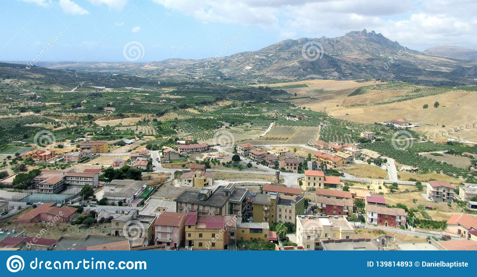 Burgio panoramautsikt av byn av burgioen, Italien