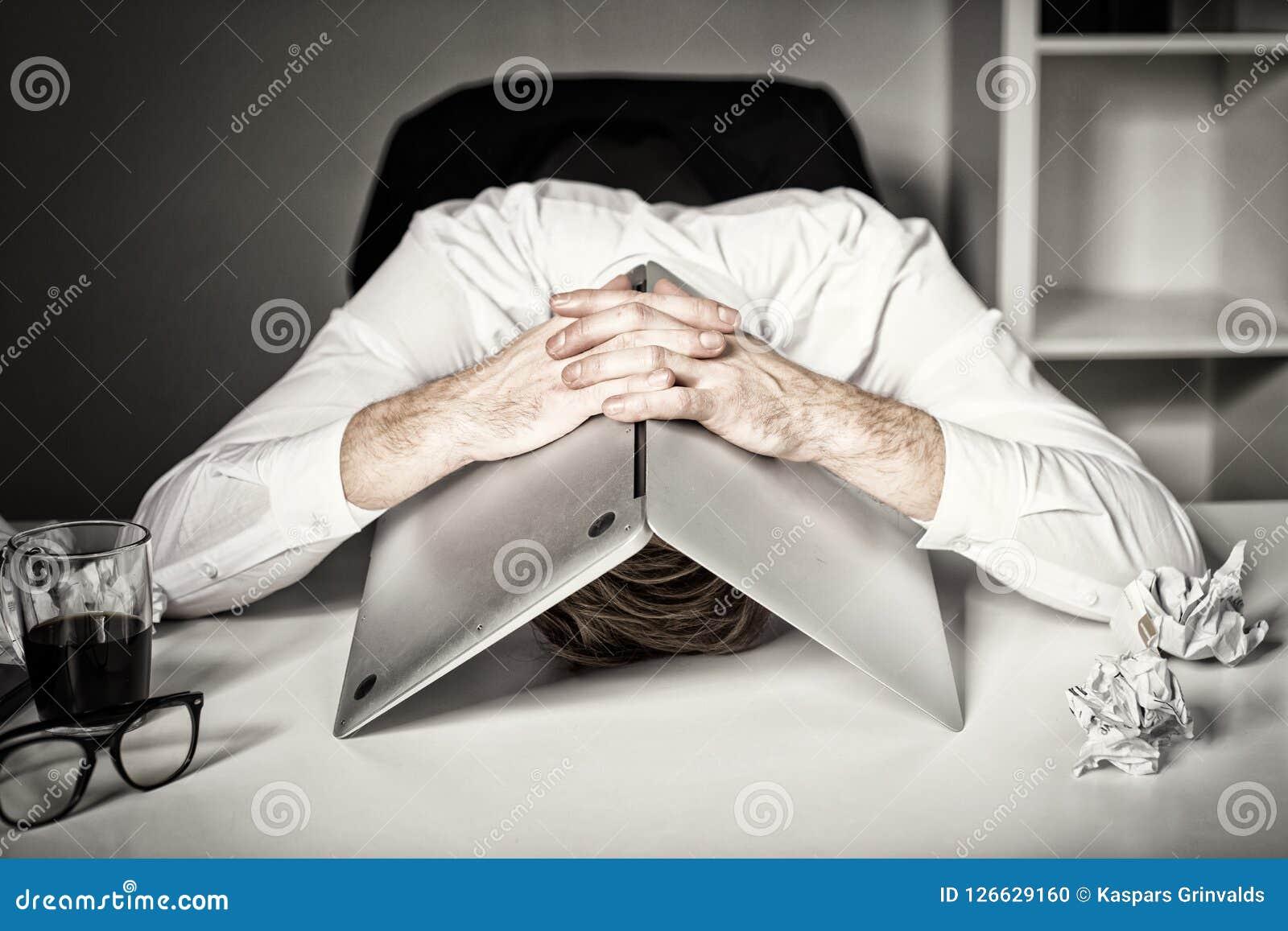 Burnout und Ausfall bei der Arbeit