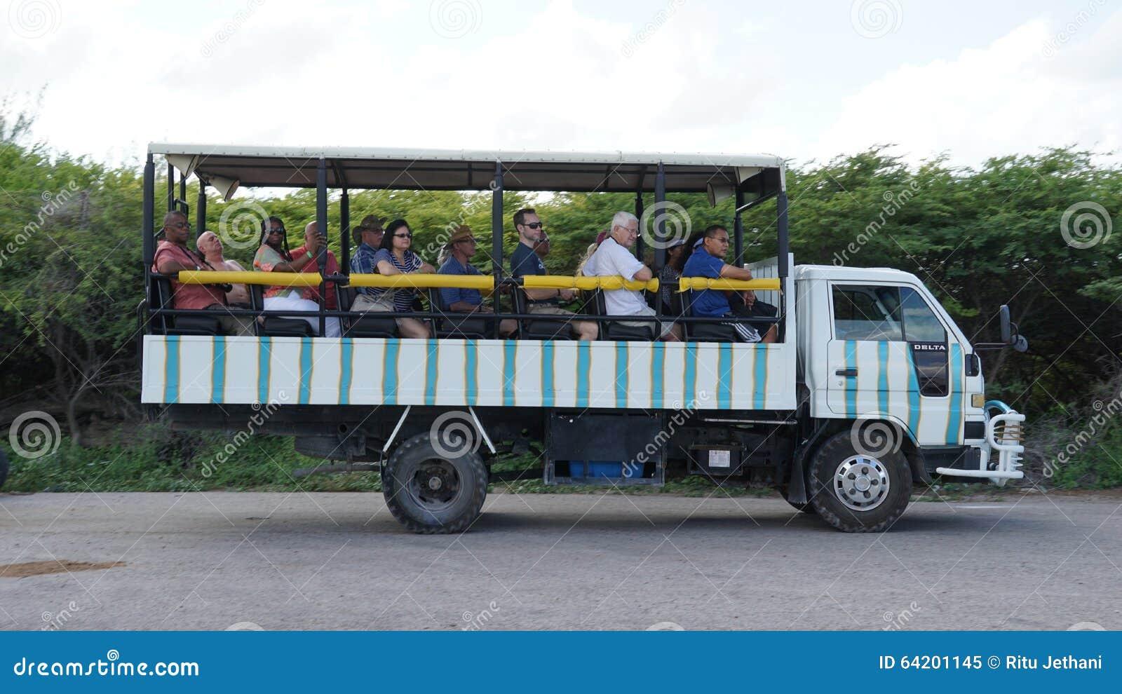 Bus turístico, Turk Island magnífico