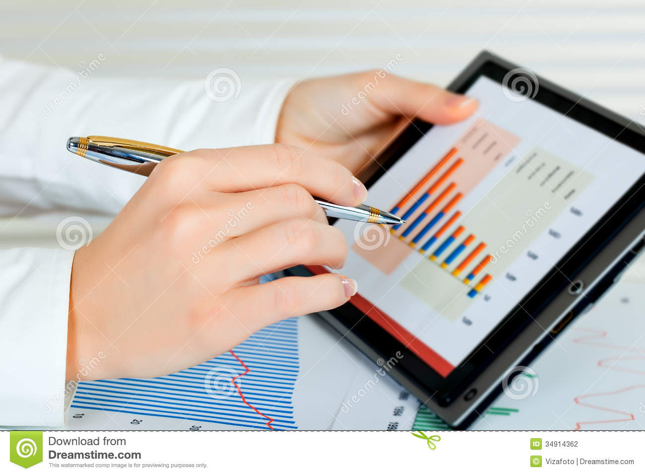 women in accounting The following is a list of career resources for women in accounting and related fields here you'll find links to associations and foundations, important research and articles, internships, financial aid and scholarships, conferences, job search sites, and facebook pages.