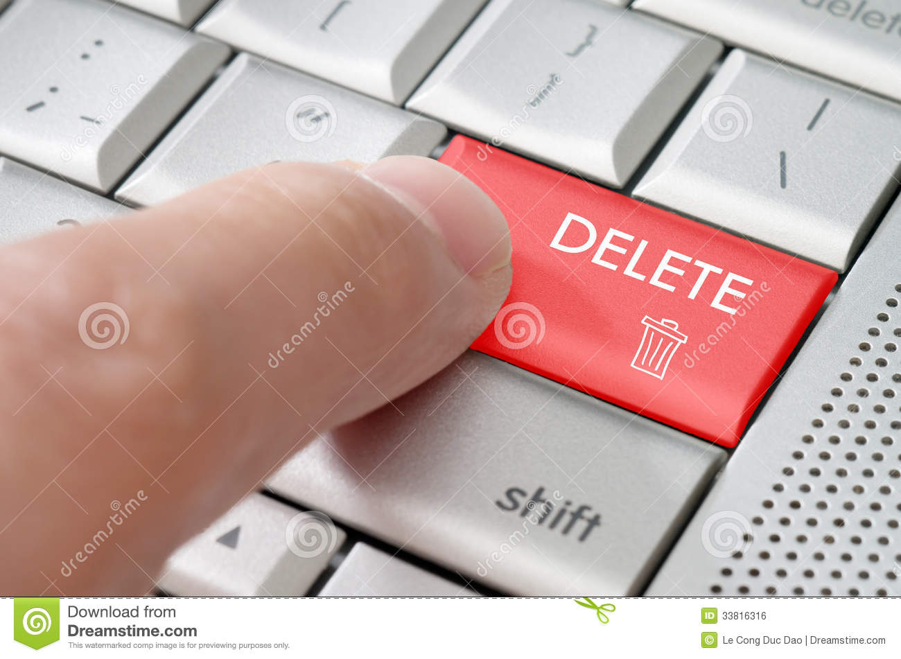 how to delete by keyboard