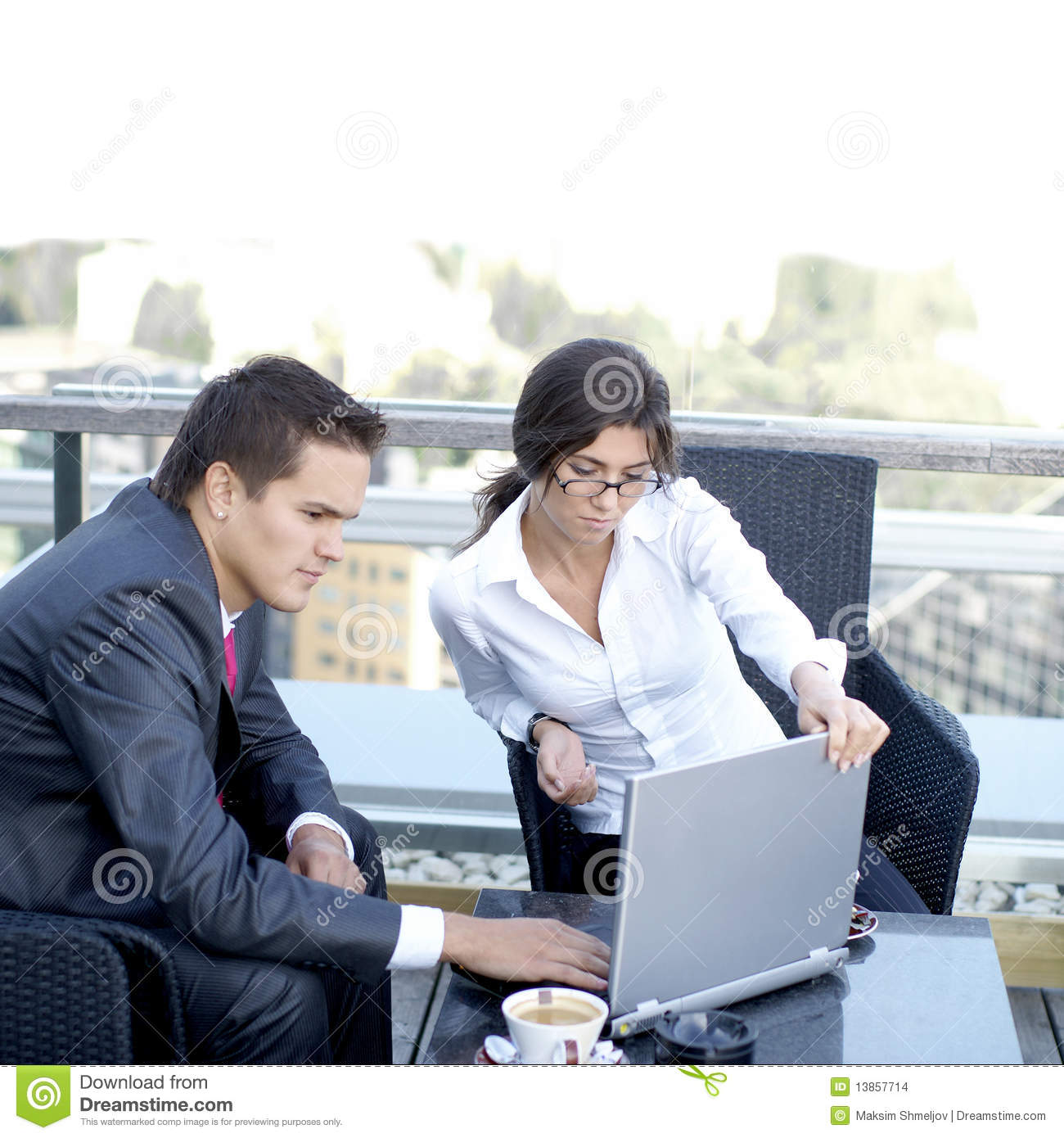 Business Couple Working Outdoors Stock Images Image