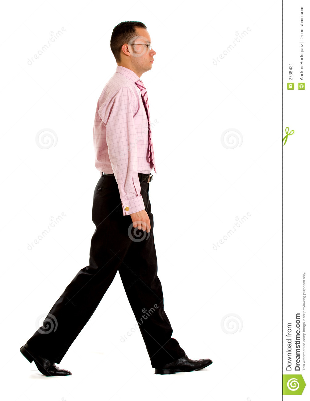 business-man-walking-2738431.jpg