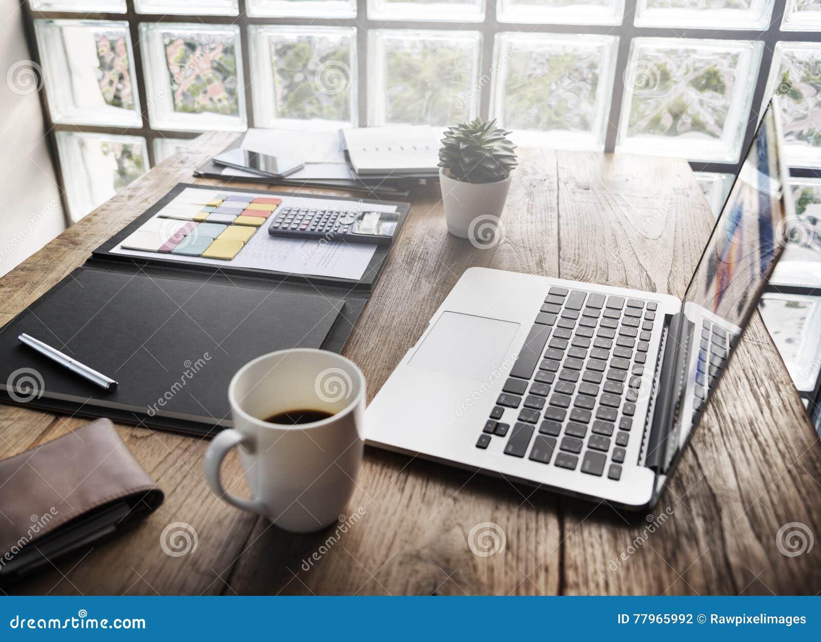 Chaotischer schreibtisch  Arbeitsplatz Büro Schreibtisch | afdecker.com