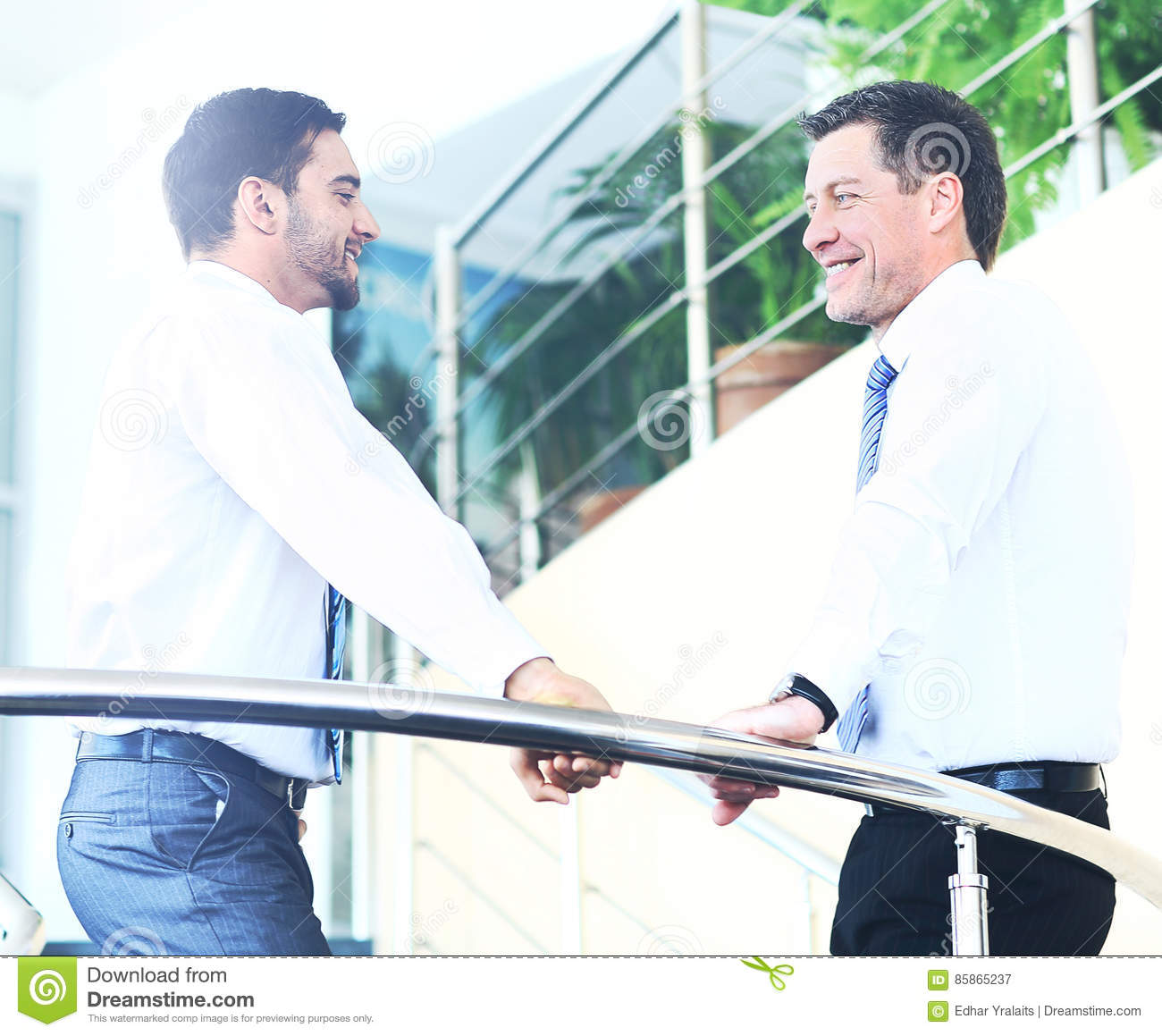 Business people handshake greeting deal at work photo free download - Business People Meeting In A Modern Office