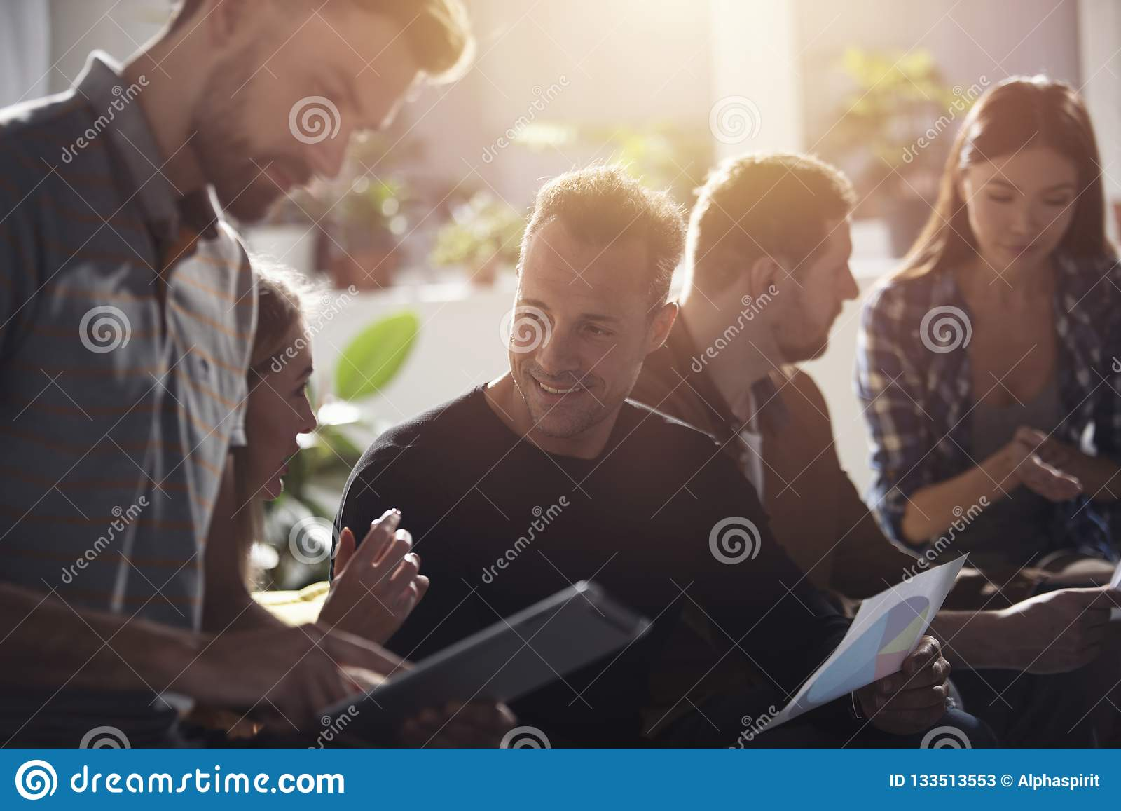 Business people connected on internet network with a tablet. concept of startup company