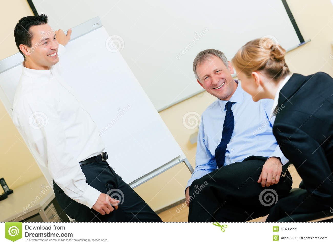 Have a Q&A session in a Skype for Business meeting