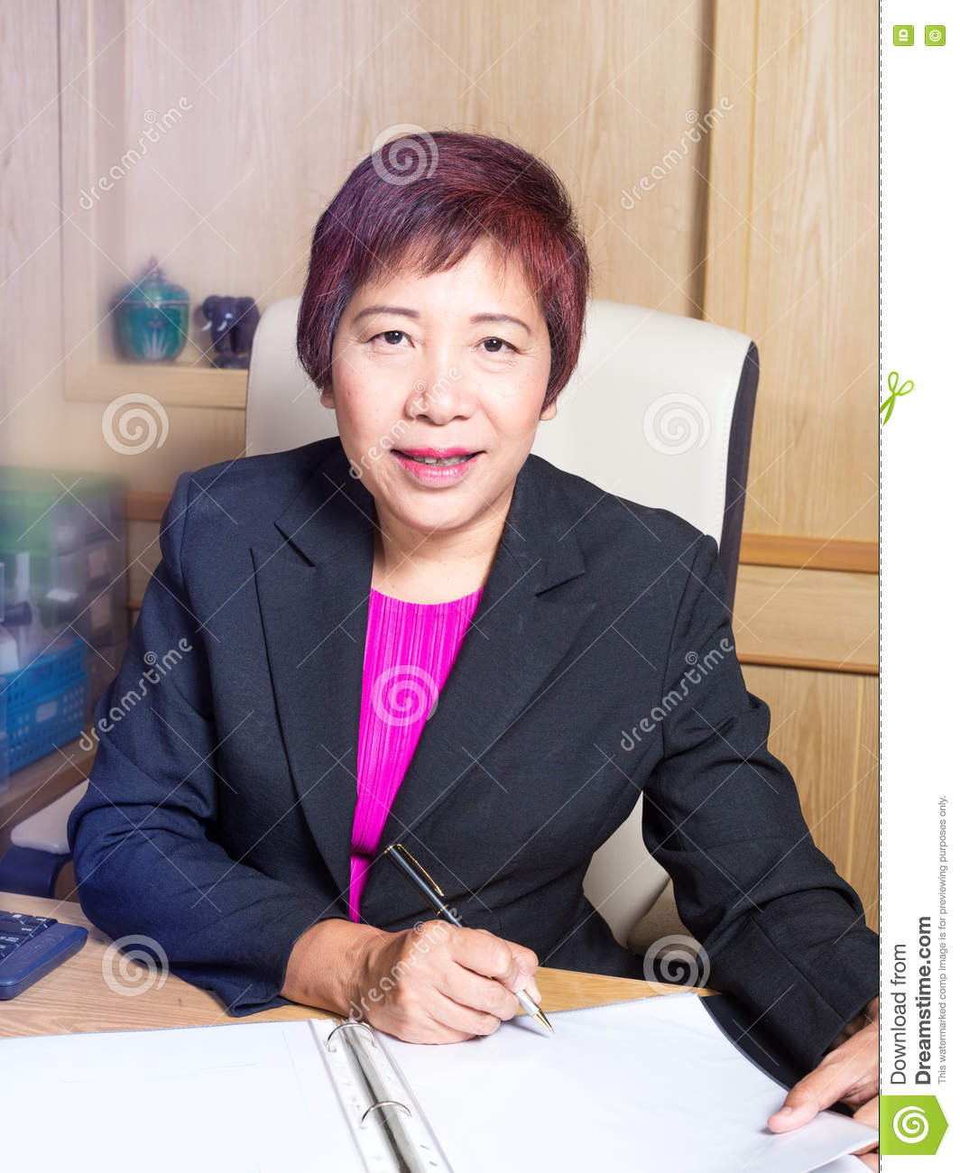 Elegant Asian Business Woman Asian Manager Senior Age Siting On Desk Sign
