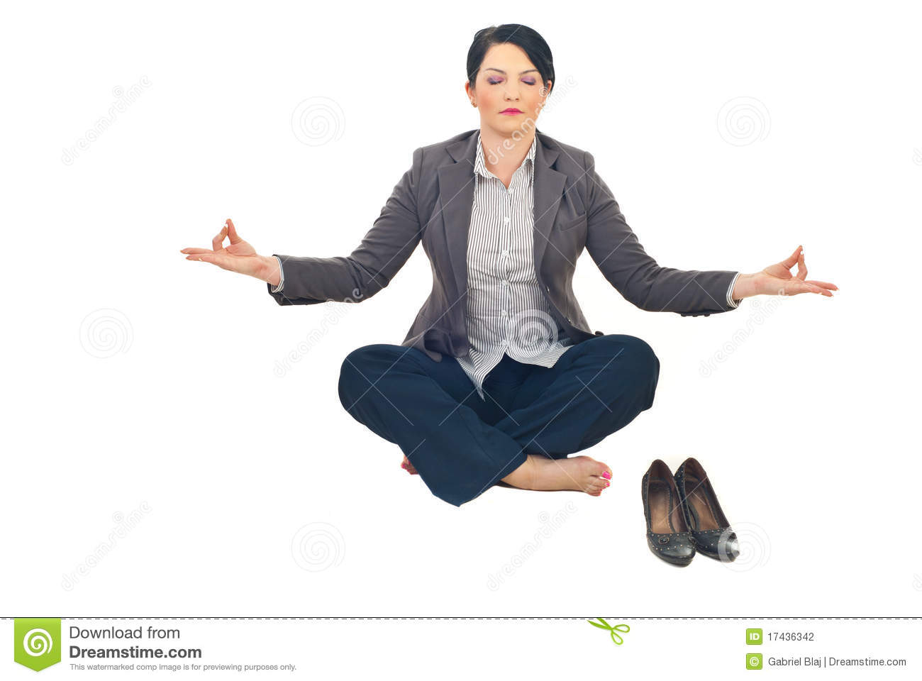 business-woman-doing-yoga-17436342.jpg