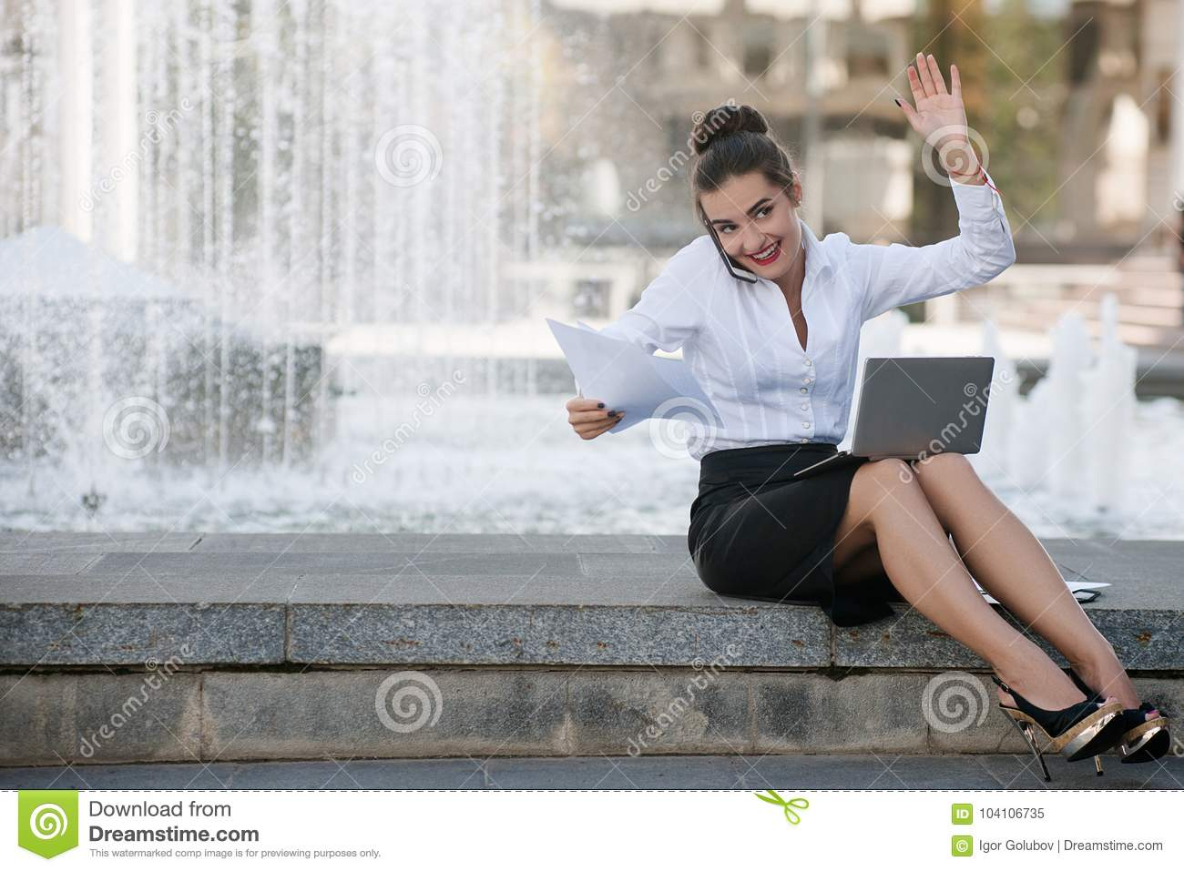 https://thumbs.dreamstime.com/z/business-woman-lifestyle-laptop-outdoor-work-business-meeting-happy-woman-lifestyle-laptop-outdoor-work-proccess-concept-104106735.jpg