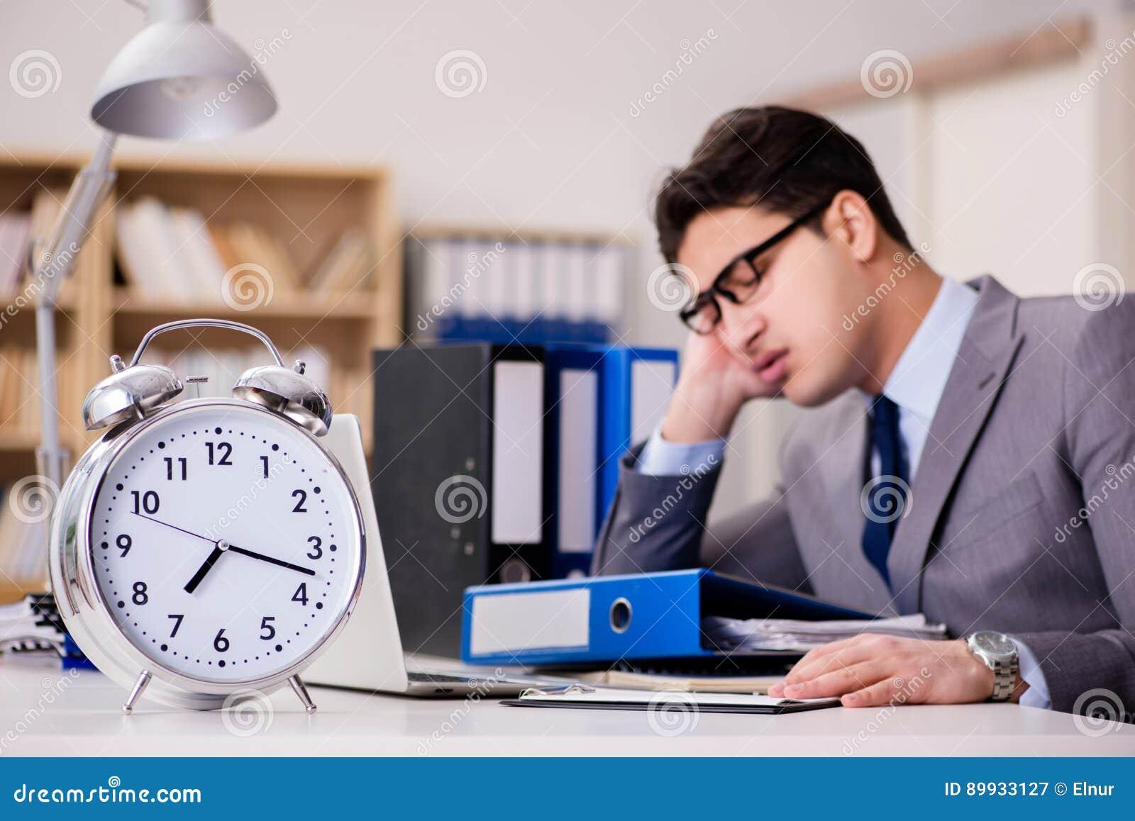 a time when you failed to meet deadline
