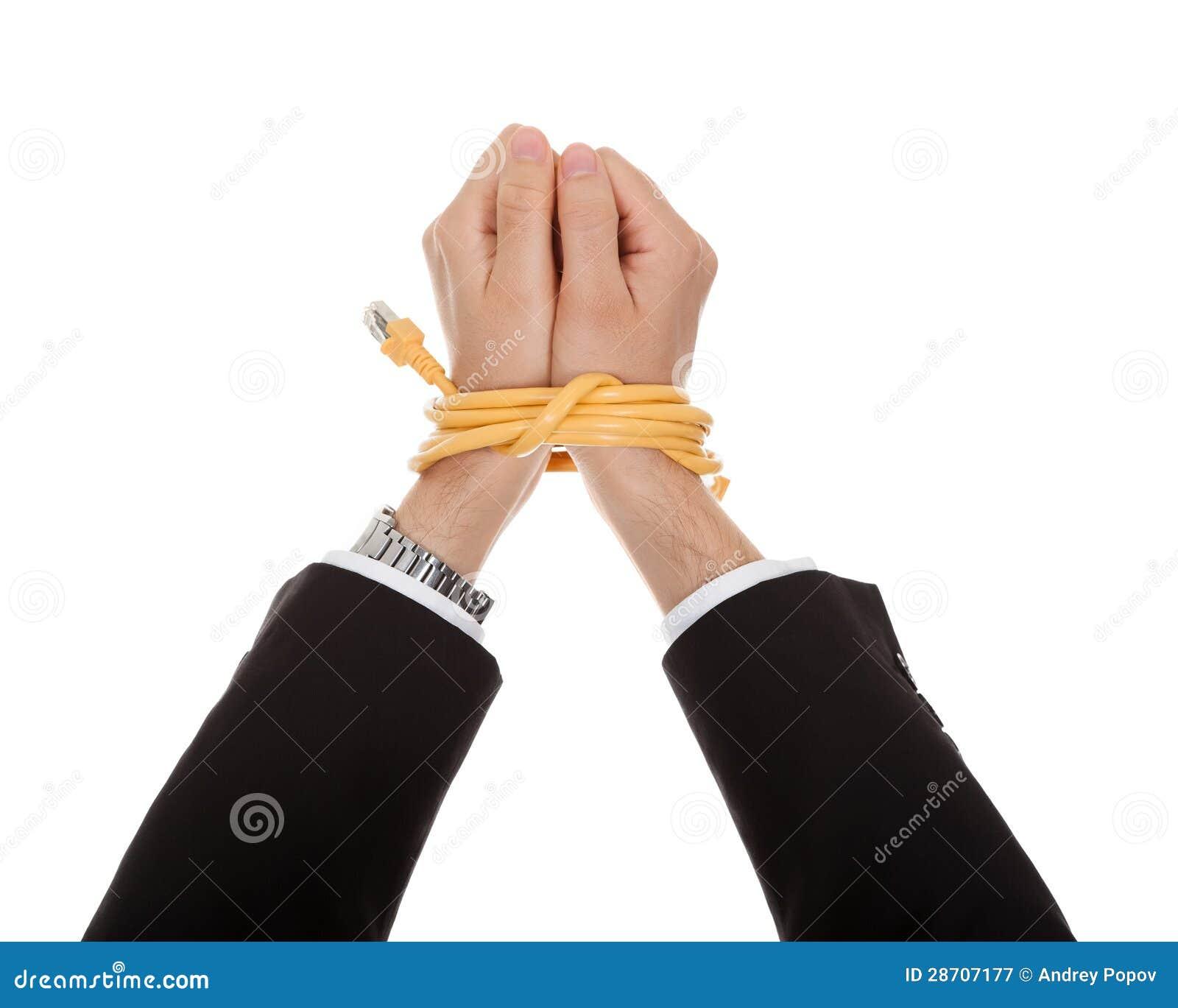 Связали руки онлайн 19 фотография