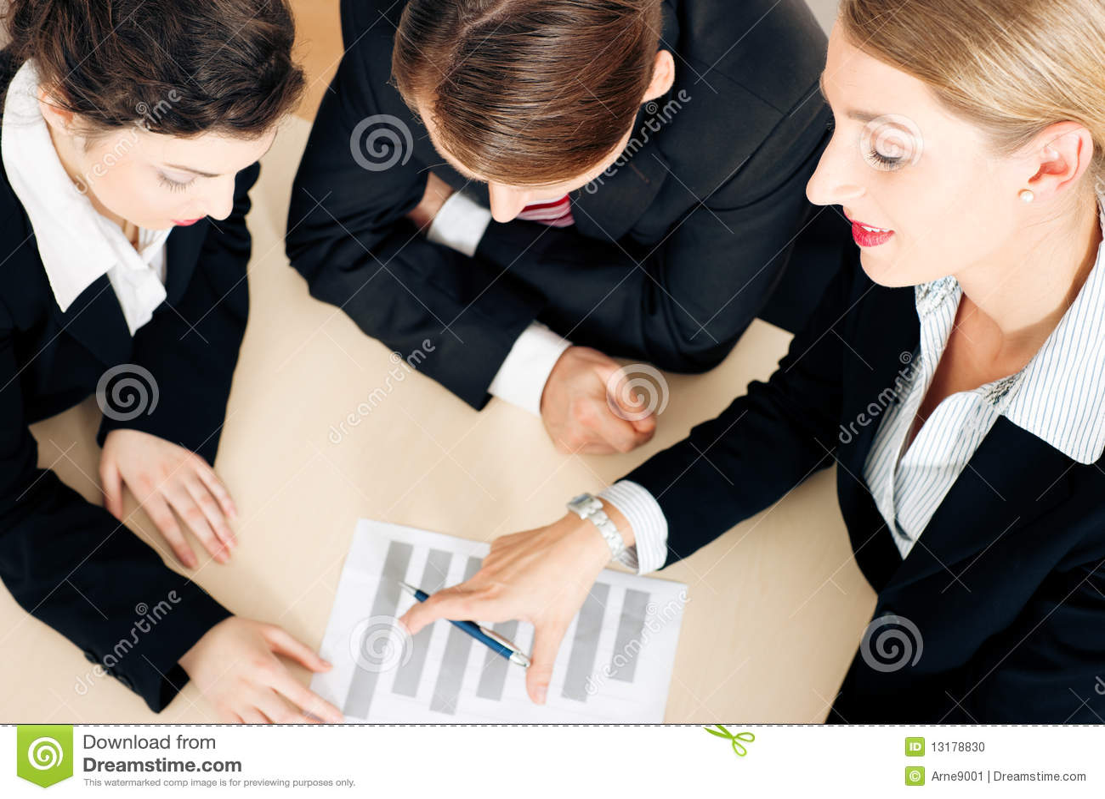 Businesspeople εργασία υπολογισμών &m