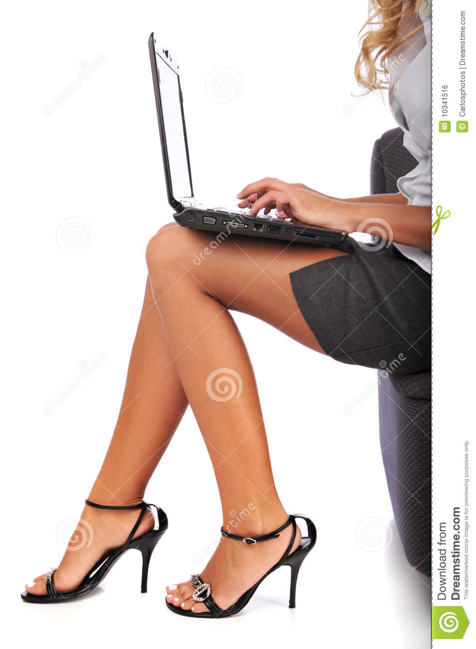 Businesswoman Using A Laptop Stock Photo - Image of beauty ...