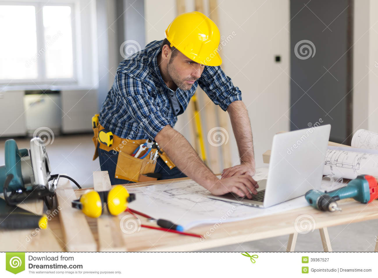 residential carpenter