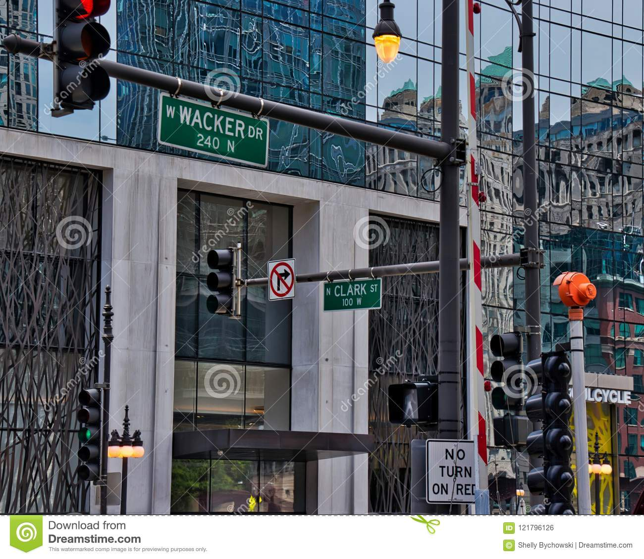 Downtown S Foreman Clark Building To Become 124: Busy Intersection Of Wacker Drive And Clark Street In