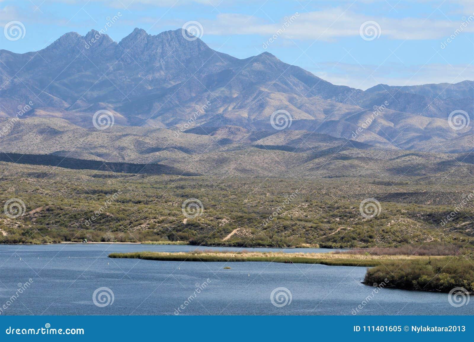 Download Butcher Jones Beach Arizona, Tonto National Forest Stock Image - Image of picnicking, peaks: 111401605