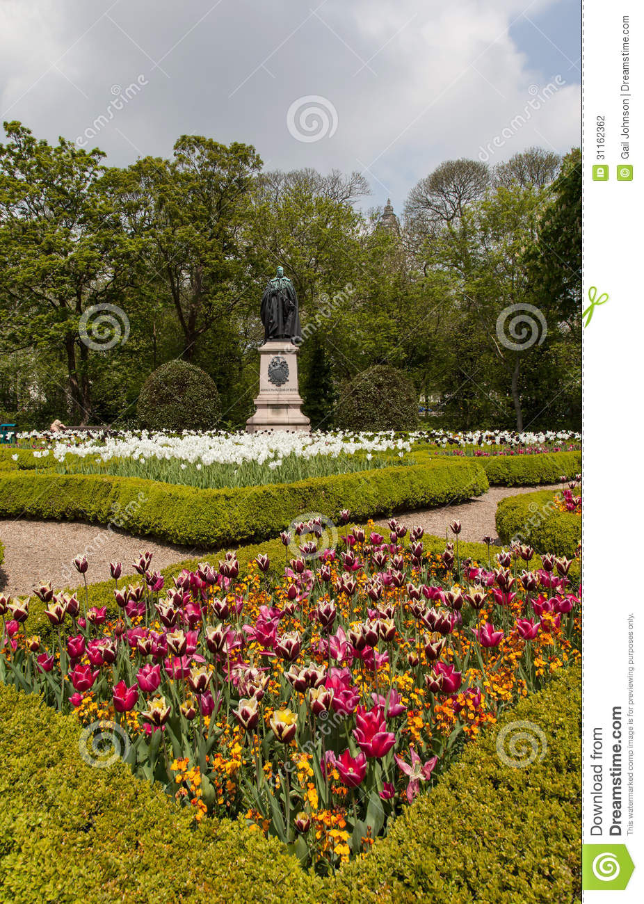 Bute Park flowers stock photo. Image of cardiff, cathay - 31162362