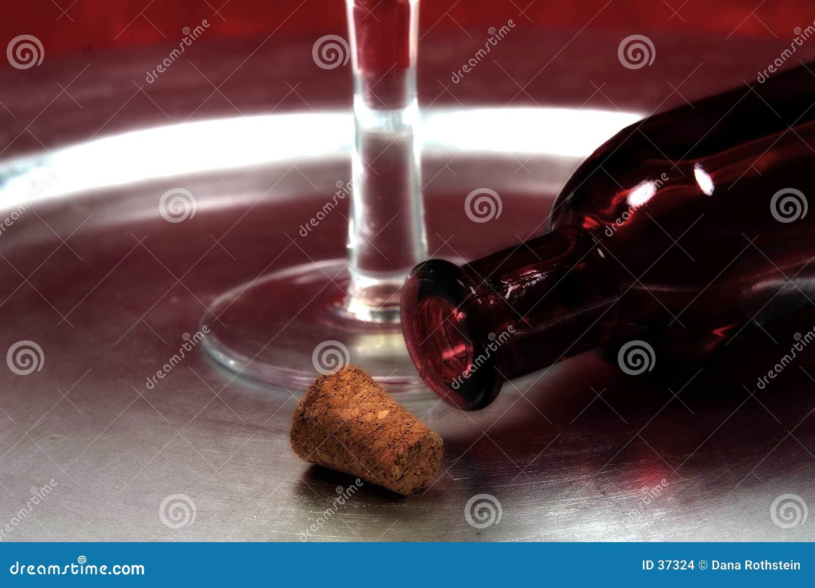 Download Butelki corkand zdjęcie stock. Obraz złożonej z trunek, glassblower - 37324