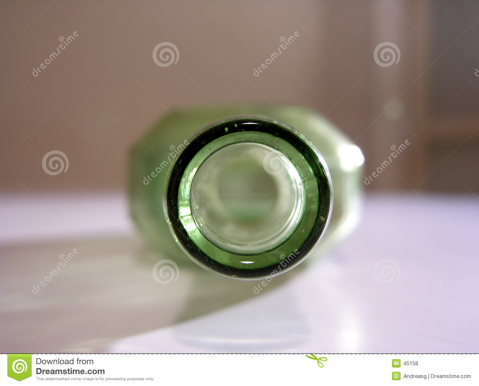 Butelki green stara