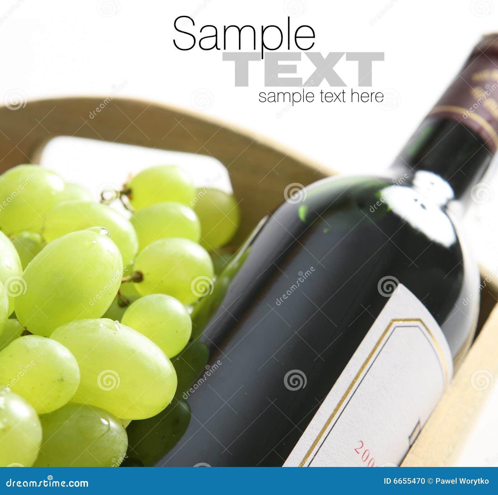 Butelki winogron wino