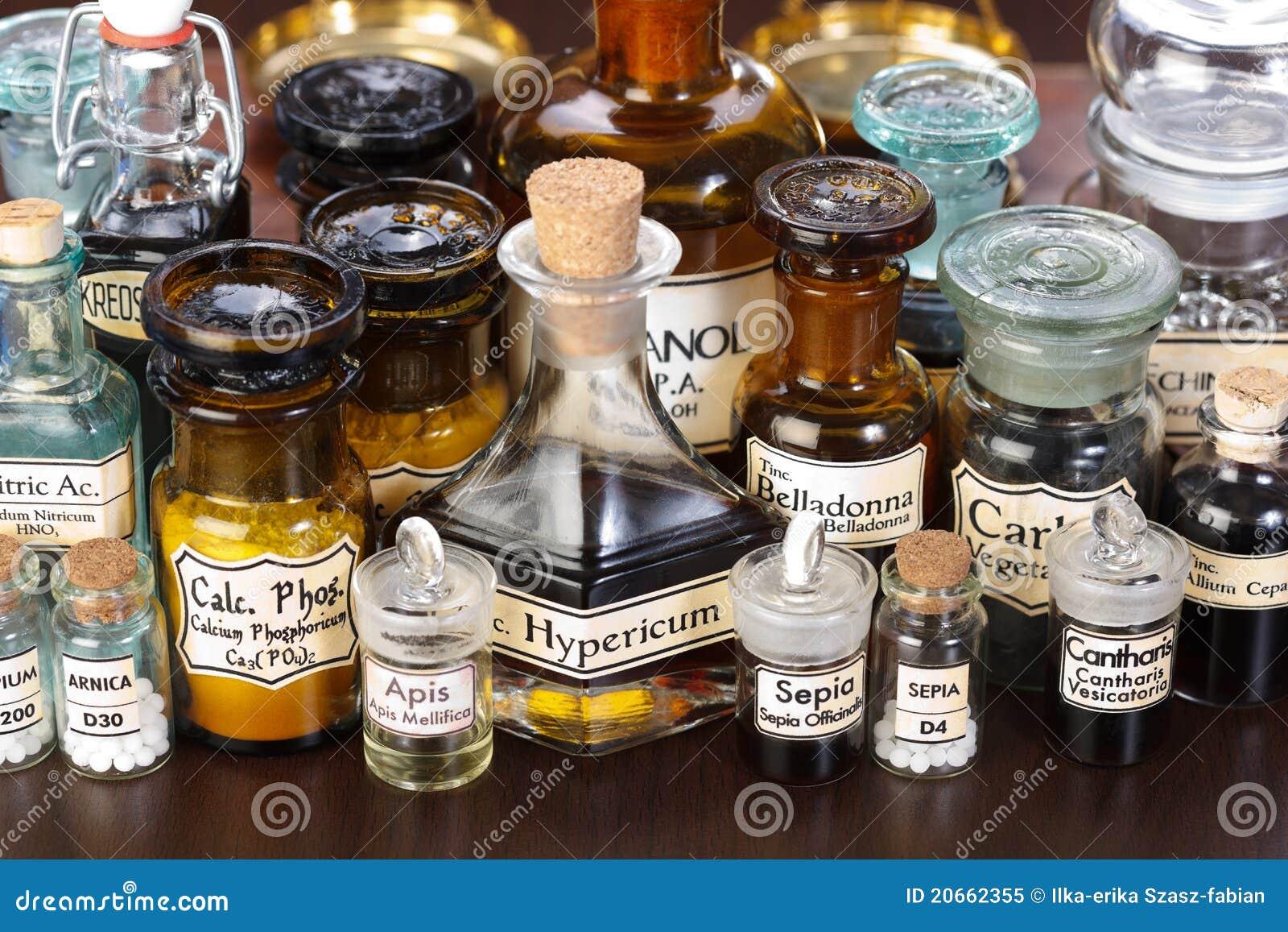 Butelkuje homeopatycznej medycyny aptekę różnorodną