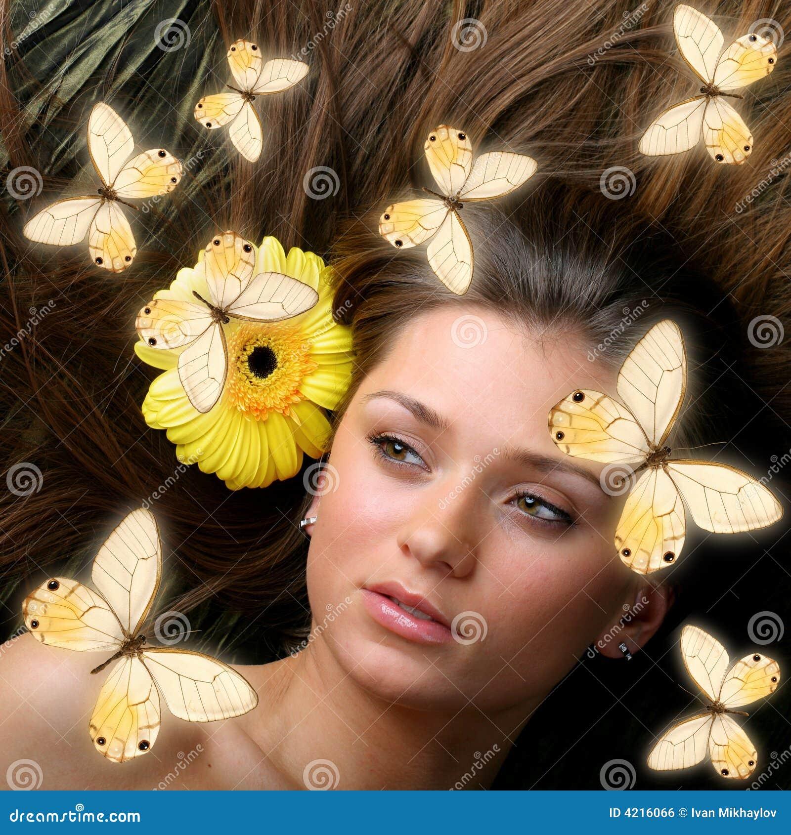 <b>Butterfly girl</b> - butterfly-girl-4216066