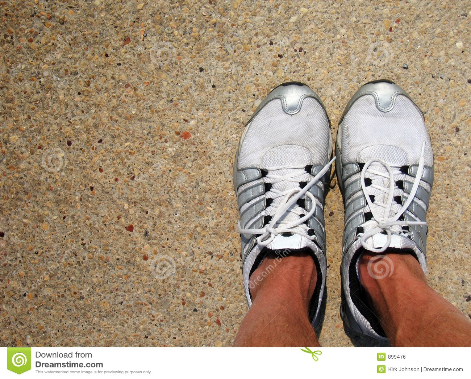 Buty tenisa betonu