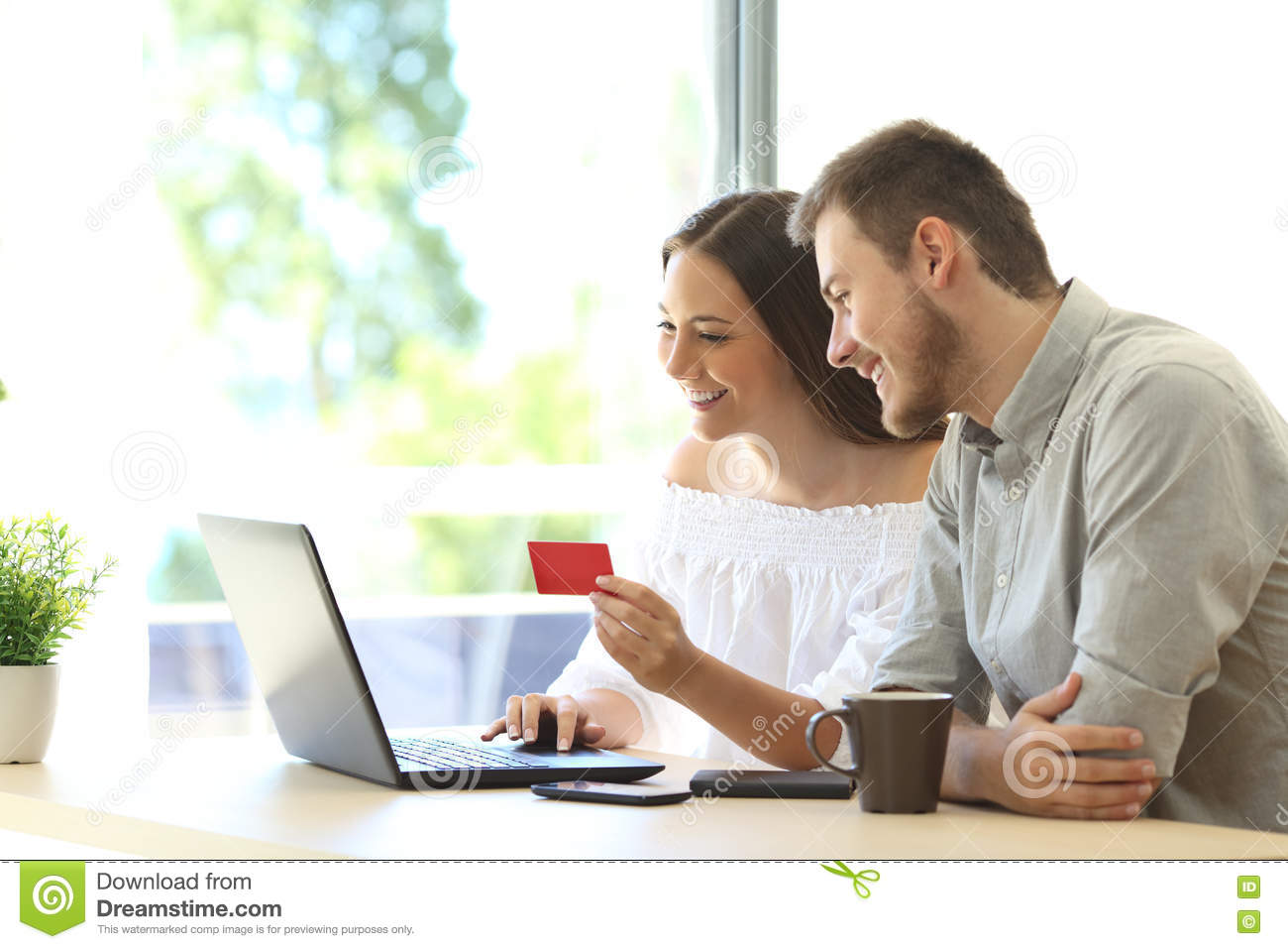 Buyers buying online with credit card