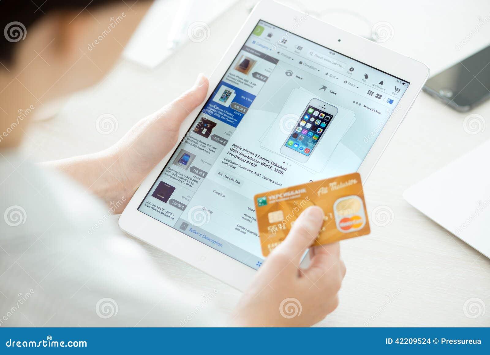 apple ipad credit