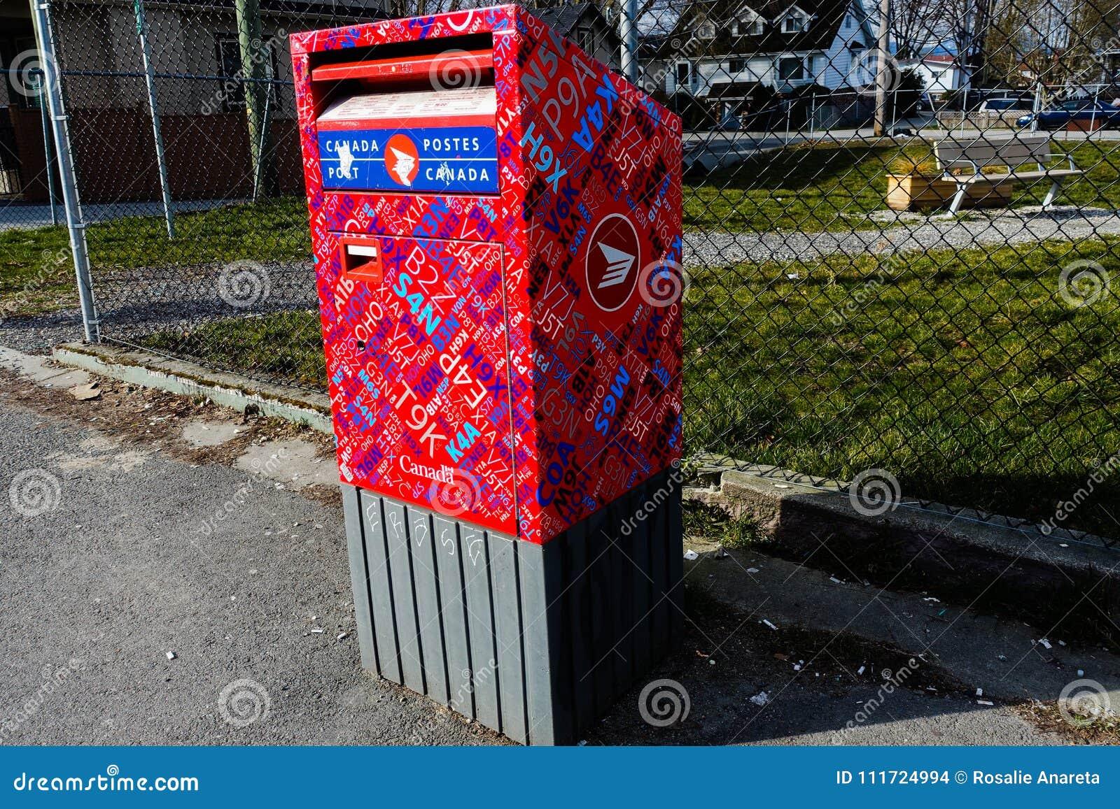 Buzón del poste de Canadá en Vancouver, A.C. Canadá