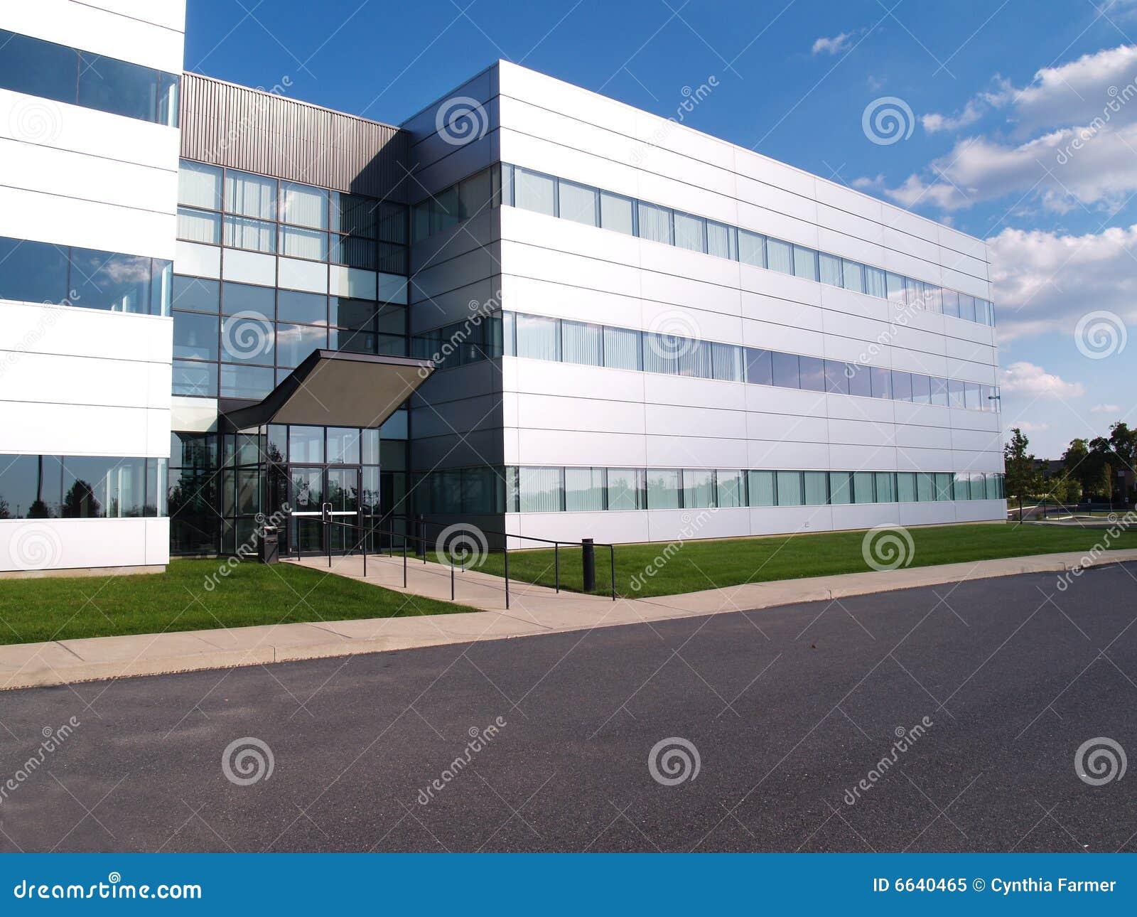 Byggande industriellt modernt
