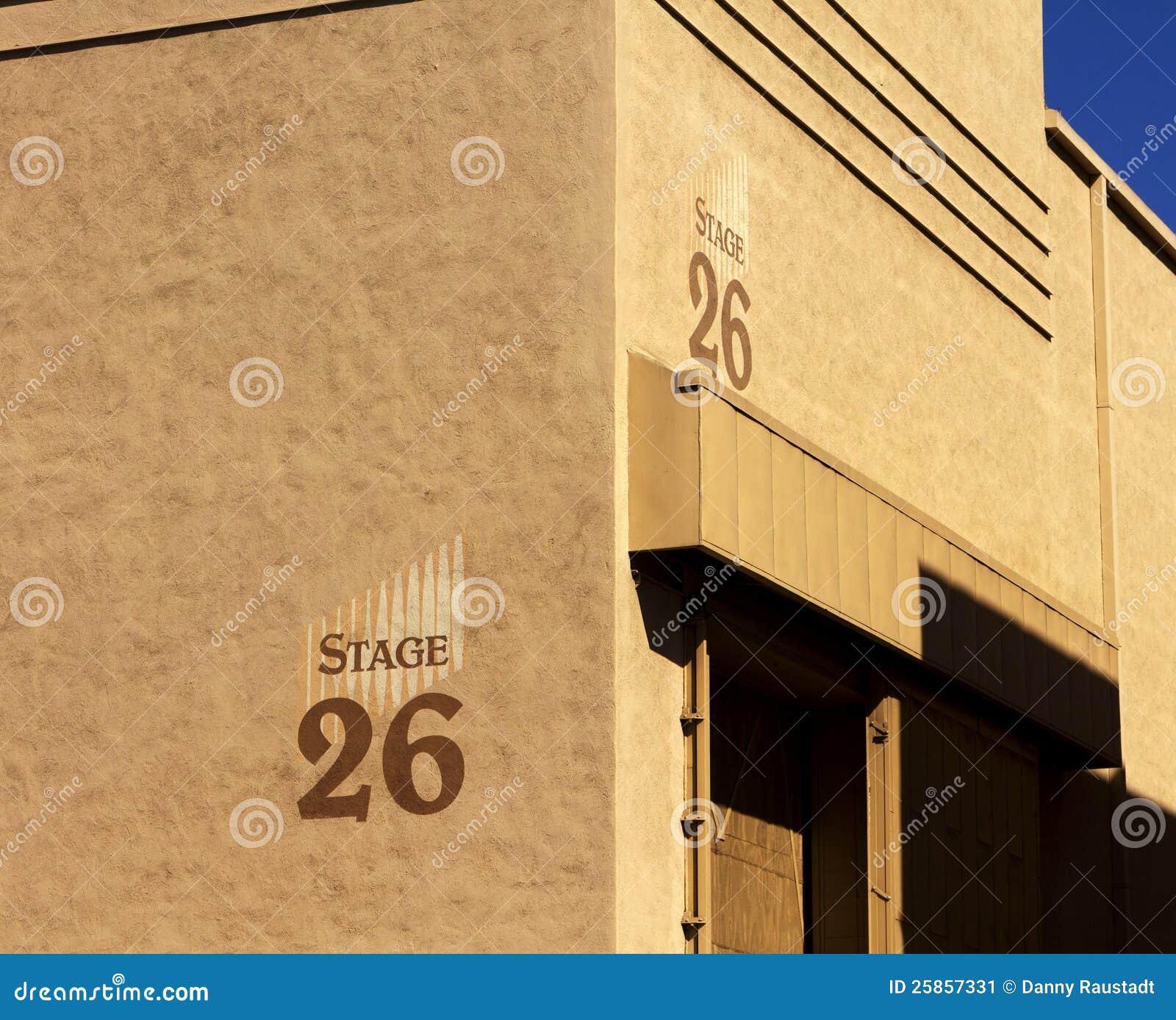 Byggnad för etapp för Hollywood filmstudio
