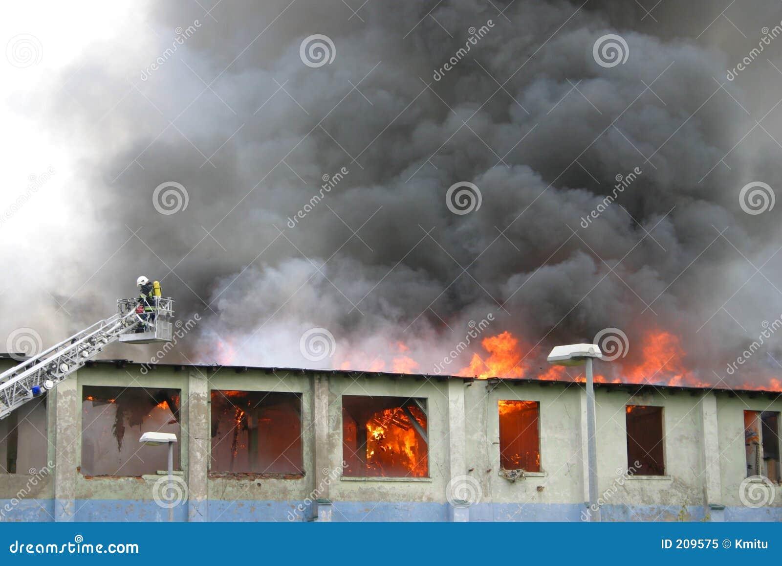 Byggnadsbrand