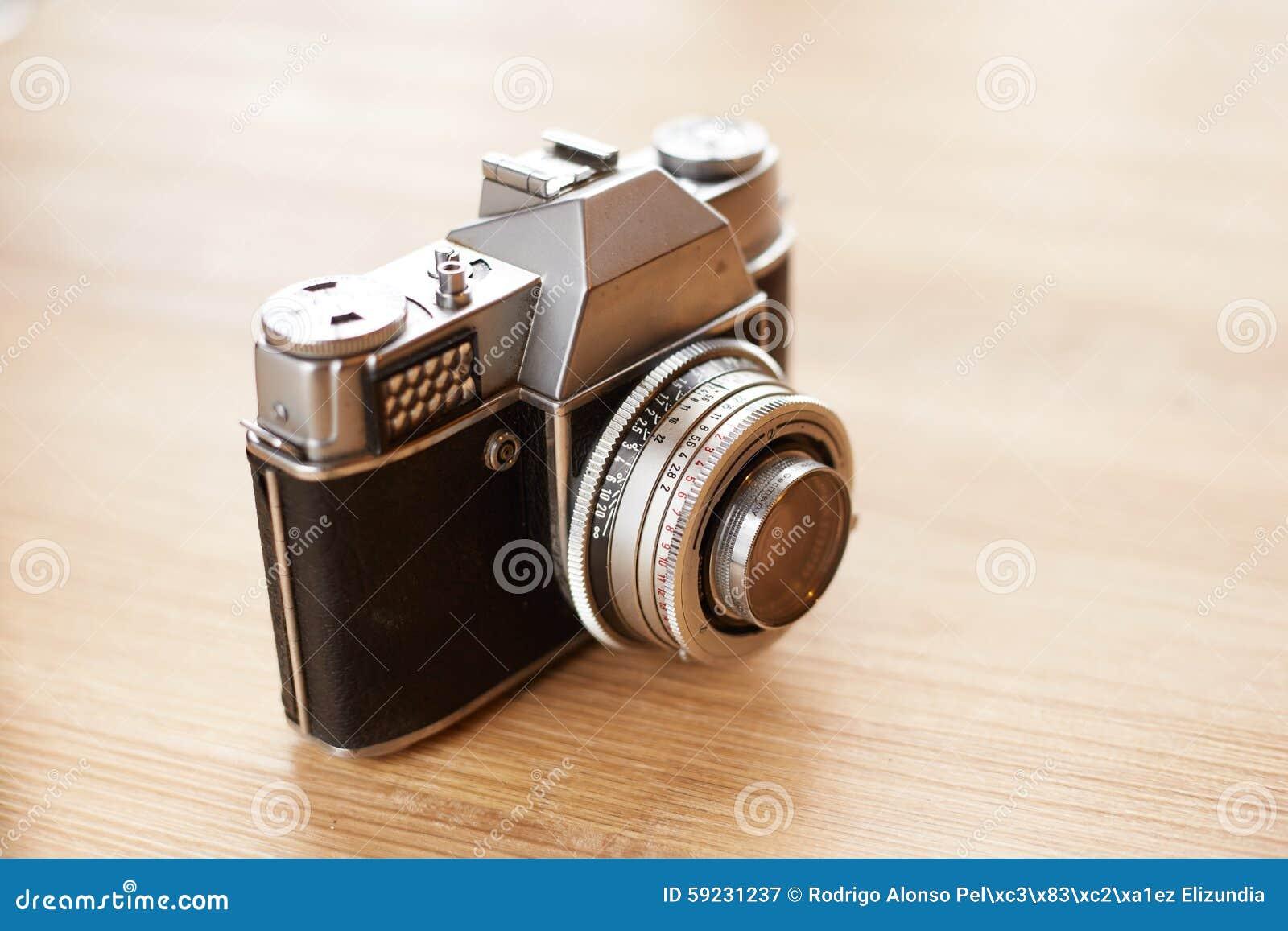 Download Cámara vieja imagen de archivo. Imagen de lente, equipo - 59231237