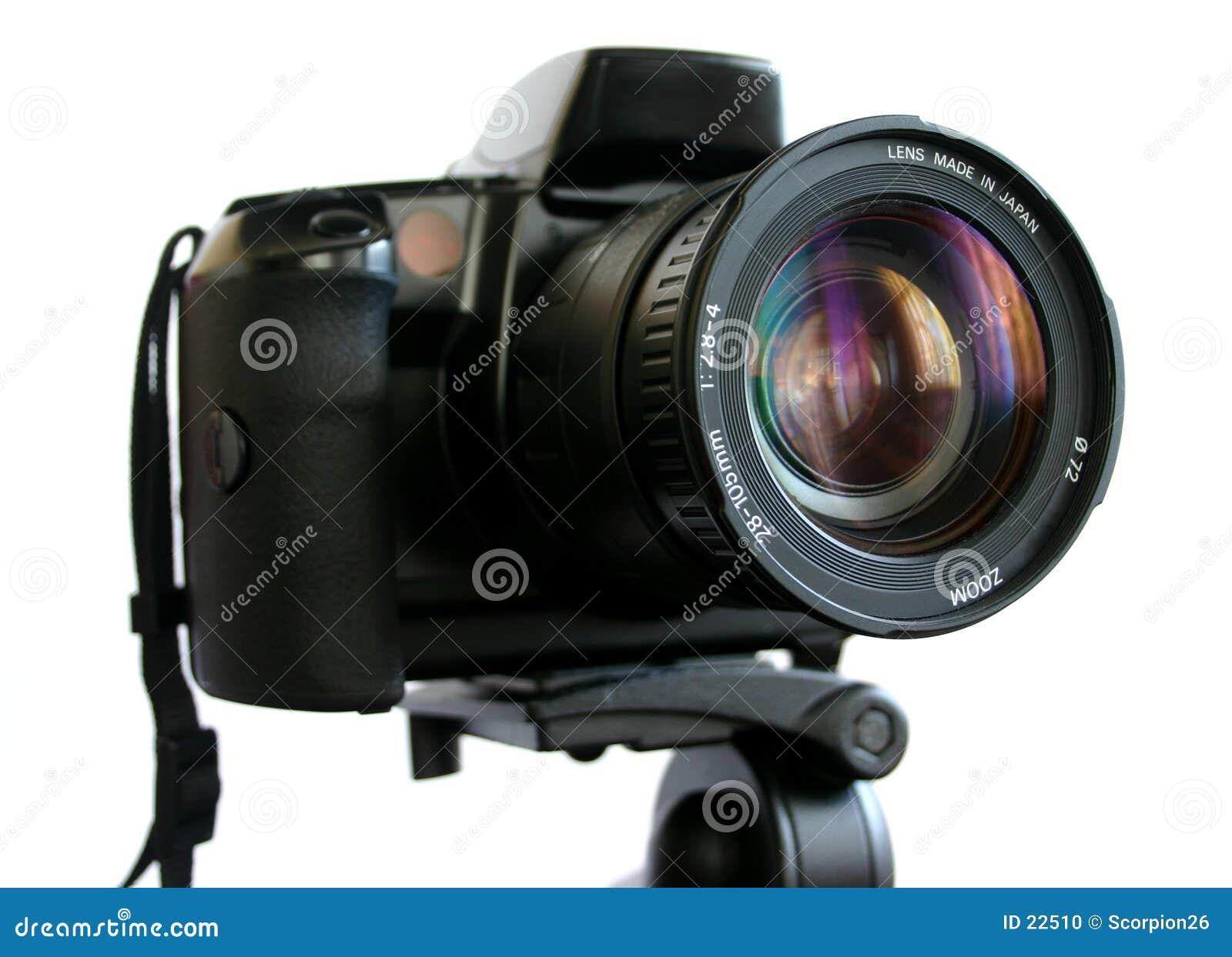 Câmera de SLR no tripé