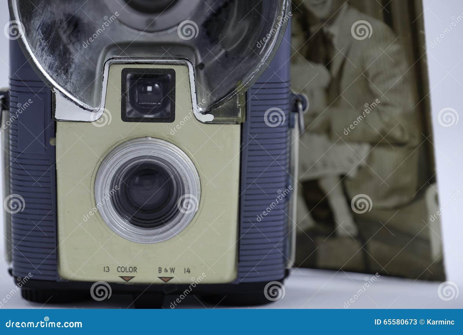 Câmera imóvel velha e foto velha