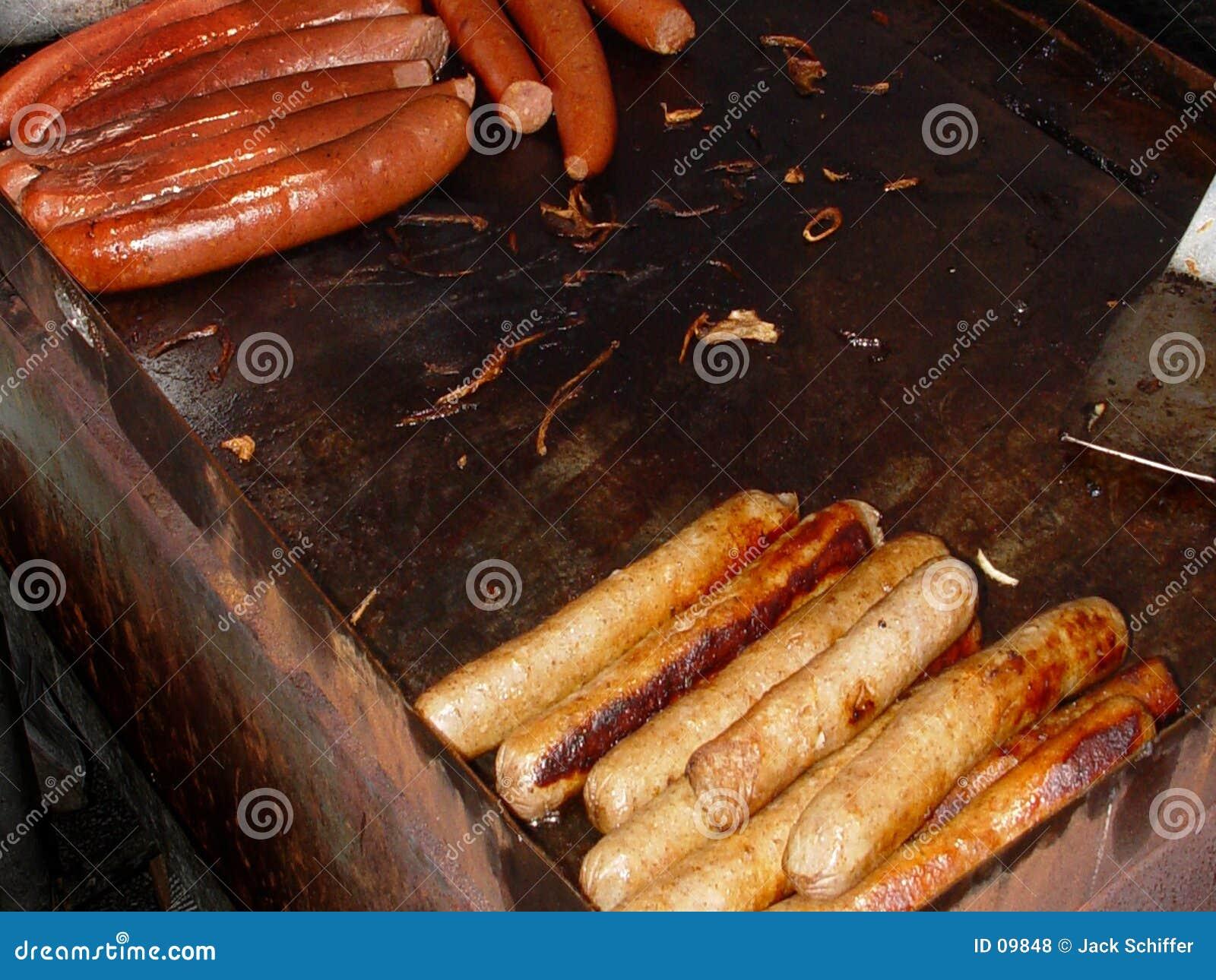 Cães quentes e salsicha
