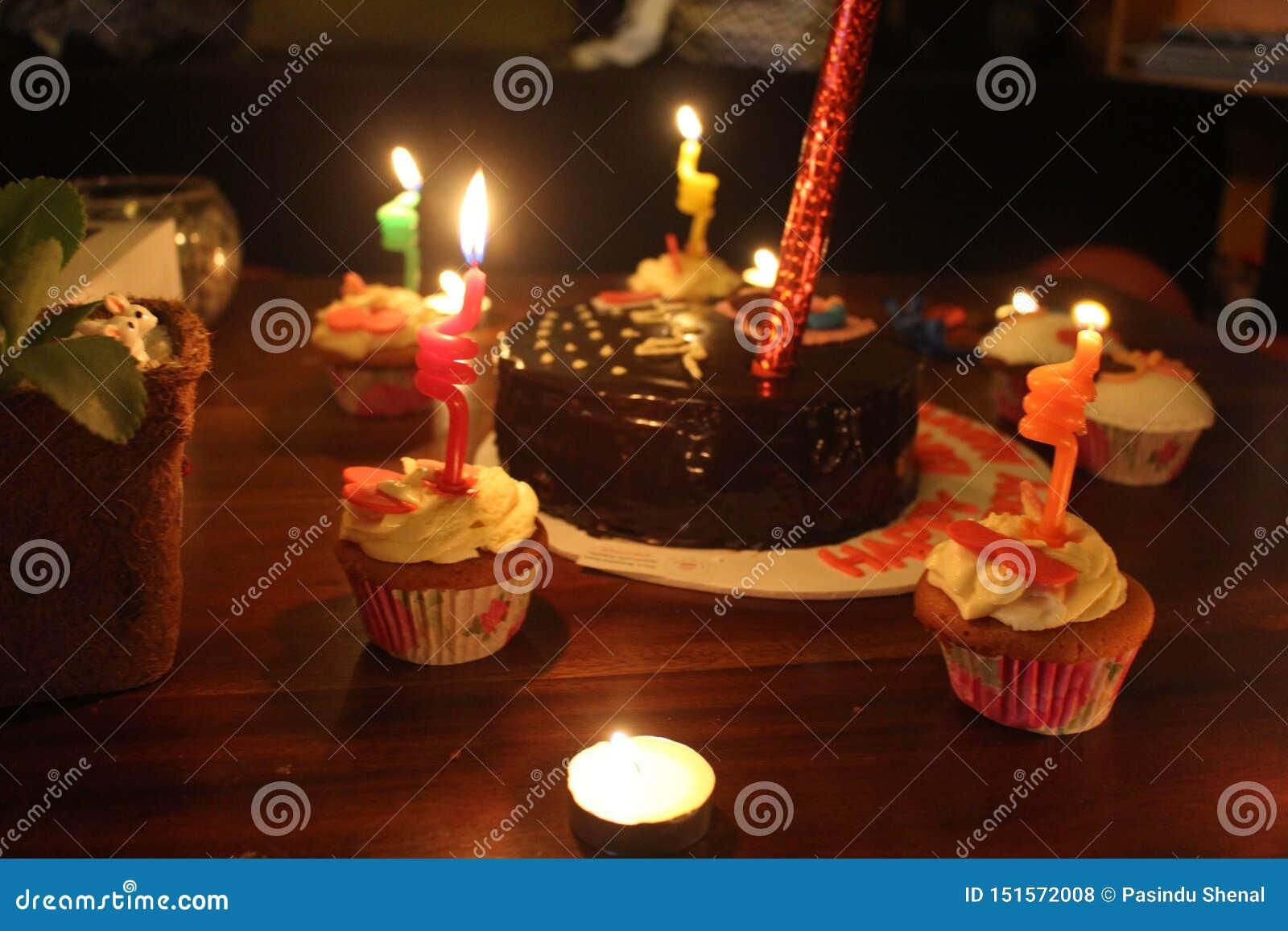 Célébration d anniversaire pendant la nuit