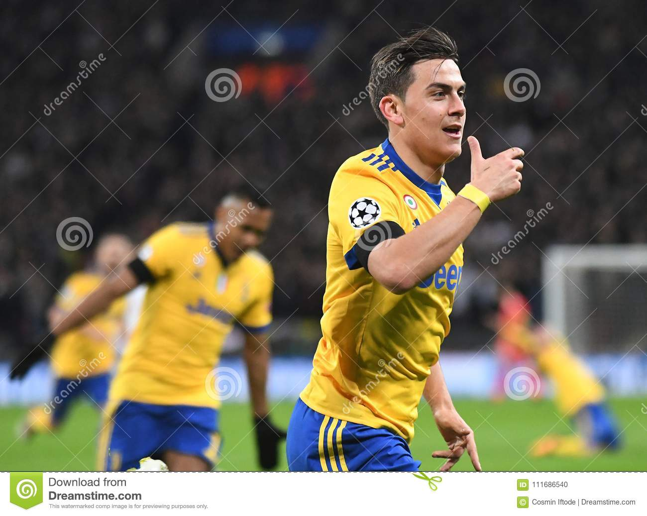 Celebration De But De Paulo Dybala Image Editorial Image Du Decu