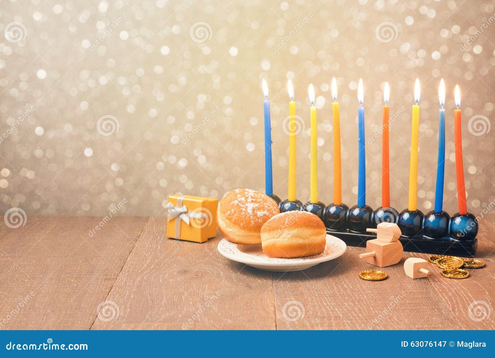 Download Célébration Juive De Hanoucca De Vacances Avec Le Menorah Au-dessus Du Fond De Bokeh Rétro Effet De Filtre Image stock - Image du contexte, carte: 63076147