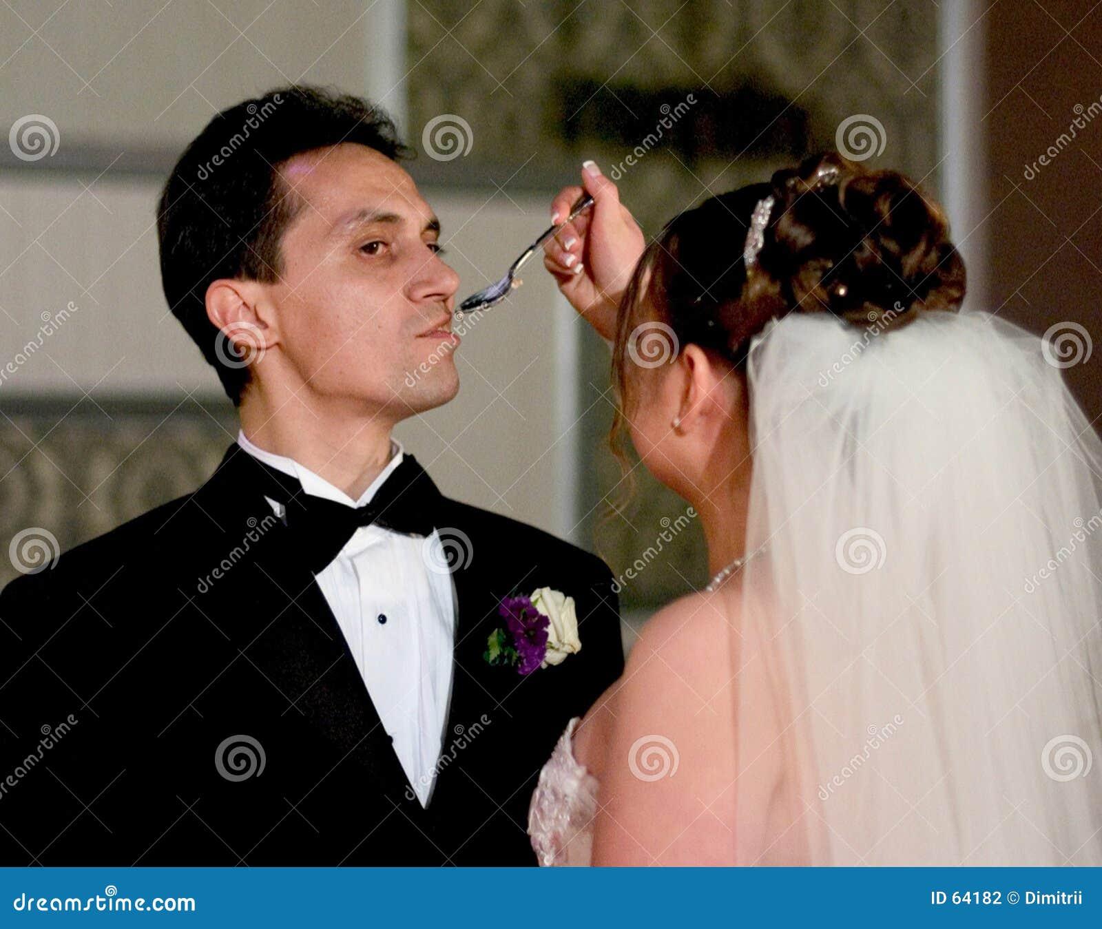 Cérémonie de gâteau de mariage