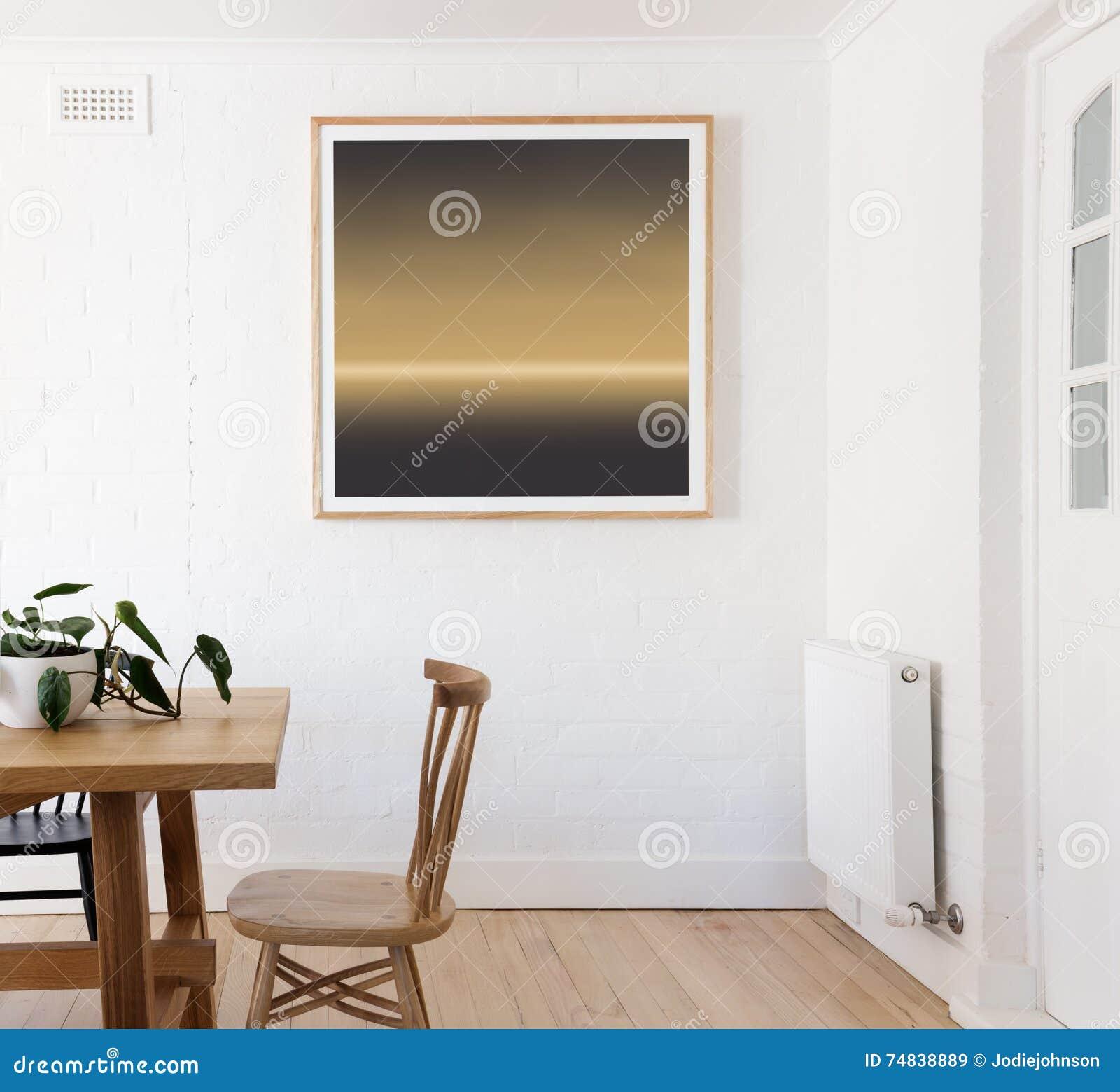 C Pia Quadro Na Parede Branca Na Sala De Jantar Interior Denominada  -> Quadro De Parede Para Sala