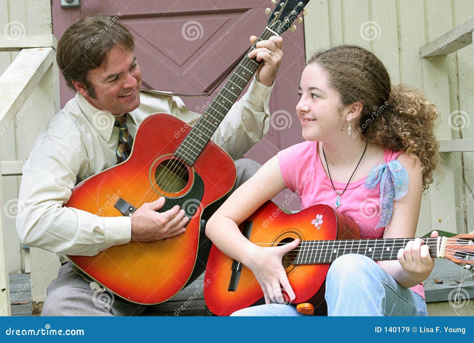 Córka gitary ojca śmiech