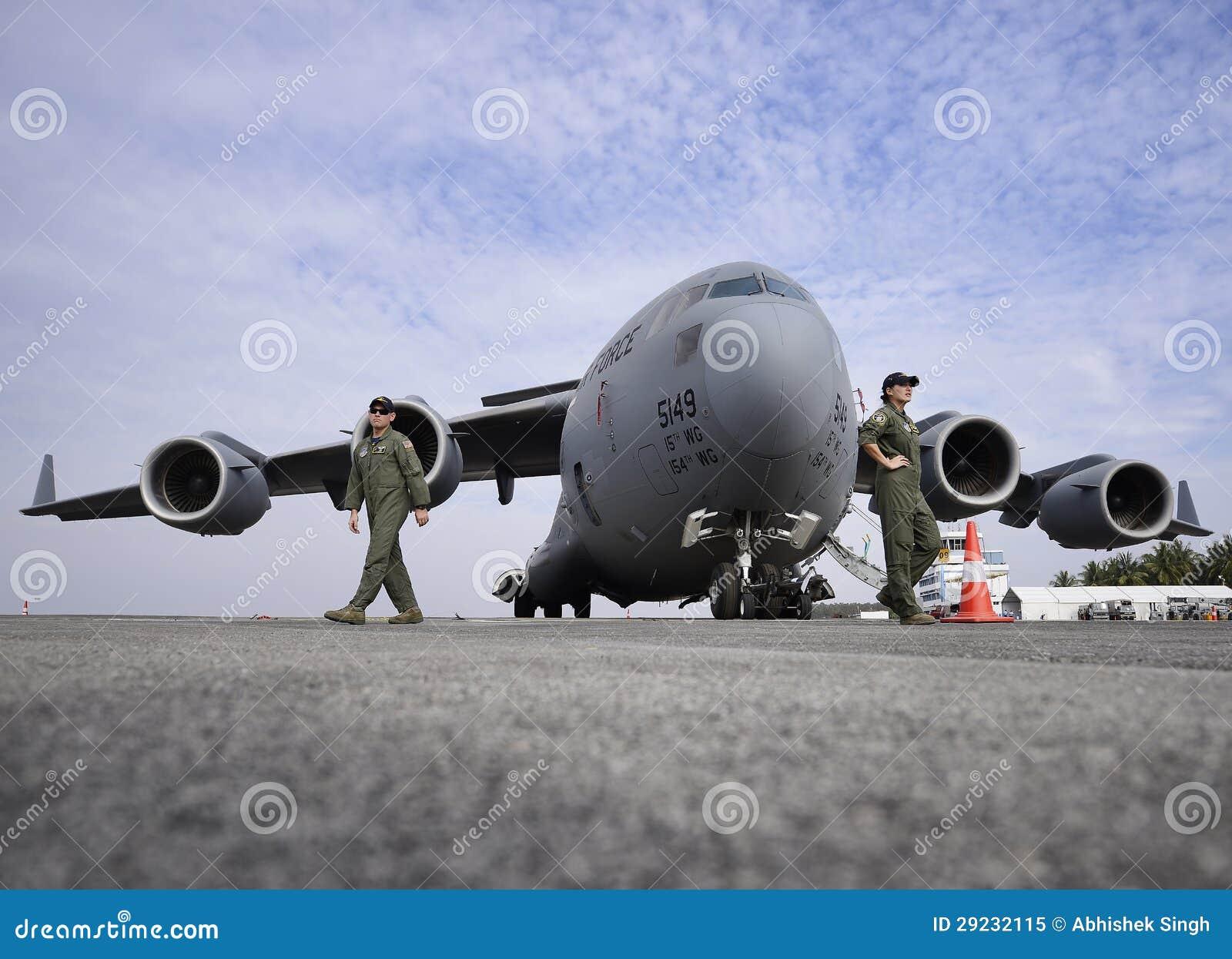 Download C-17 Globemaster Do U.S.A.F. Imagem Editorial - Imagem de força, unido: 29232115